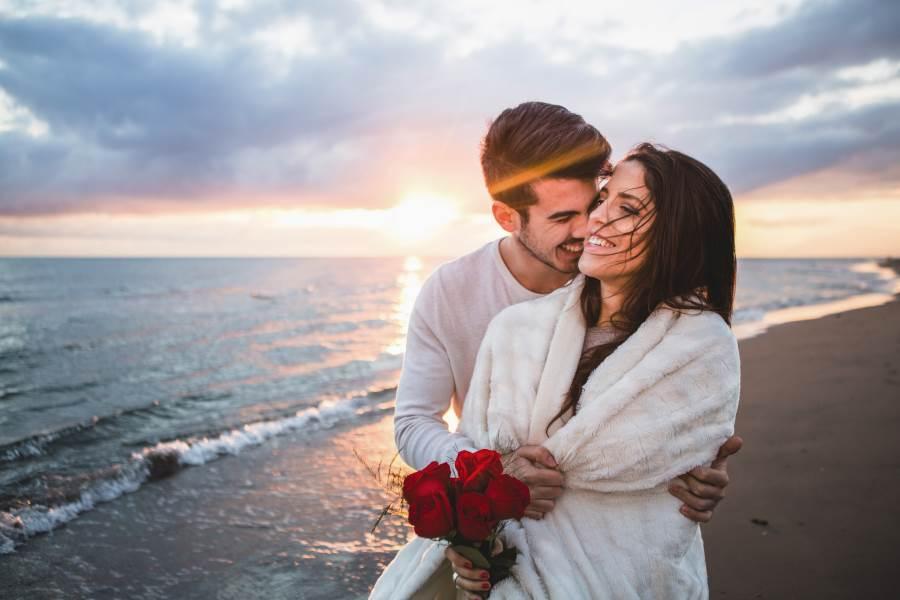 Ljubav i romantika u slici  - Page 4 Horoskop-mladi-par