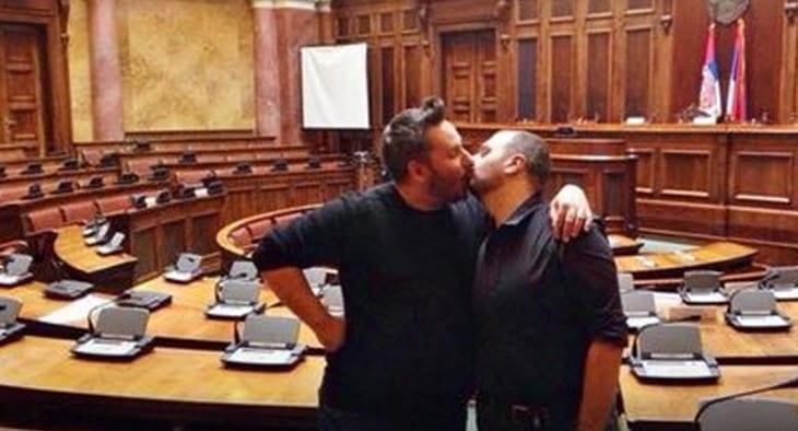 gej aktivisti u parlamentu